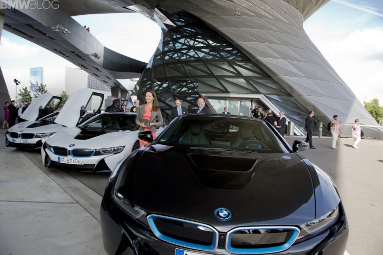 bmw i8 first deliveries to german customers