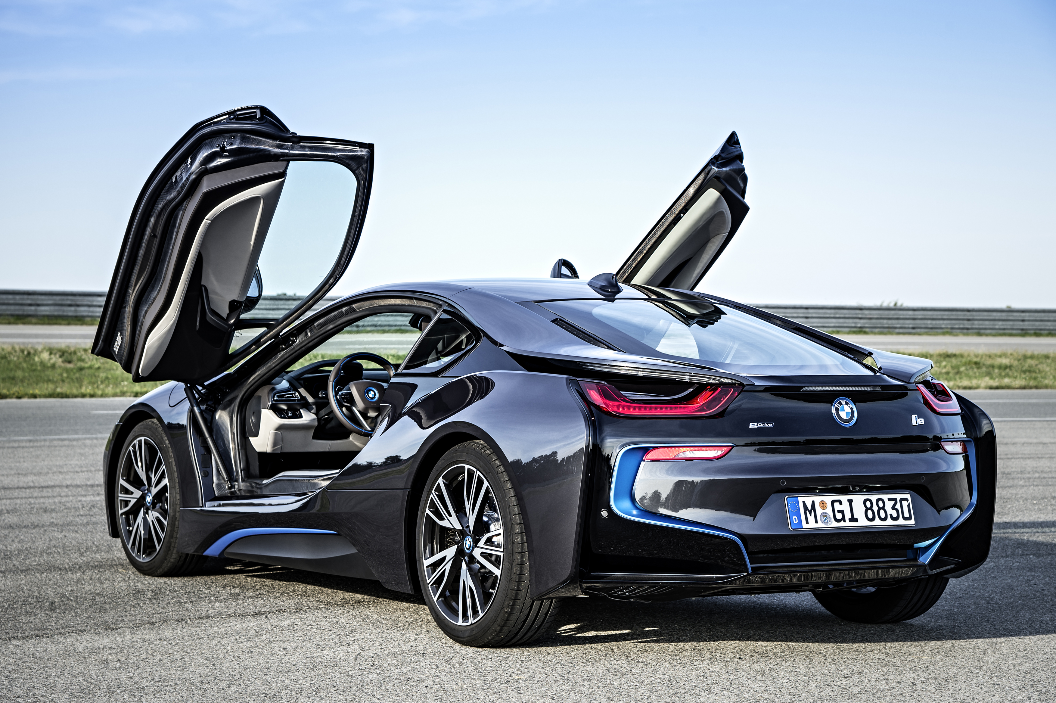 Bmw I8 Production Version With Gullwing Doors Open Bmw I8 Forum